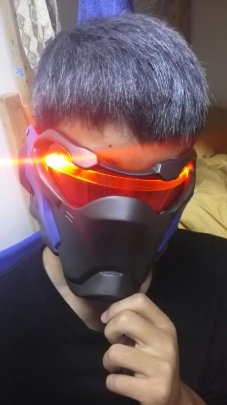 新品熱賣現貨 守望面具先鋒 拉風士兵76發光面罩影視游戲cos道具動漫頭盔