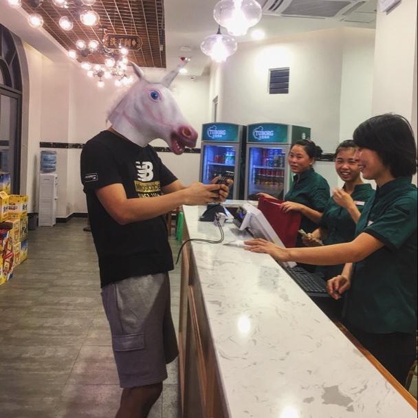 新品熱賣動物頭套cos馬頭猩猩兔哈士奇搞笑狗面具驢萌王尼瑪裝逼動物面具