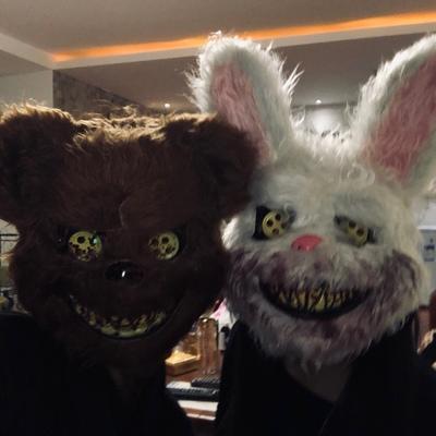 新品熱賣抖音同款兔子面具男女cos血腥毛絨化妝舞會成人派對可愛動物頭套