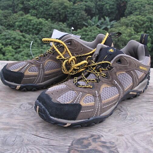 斷碼僅45碼庫存登山鞋 男款大碼鞋戶外低幫徒步鞋