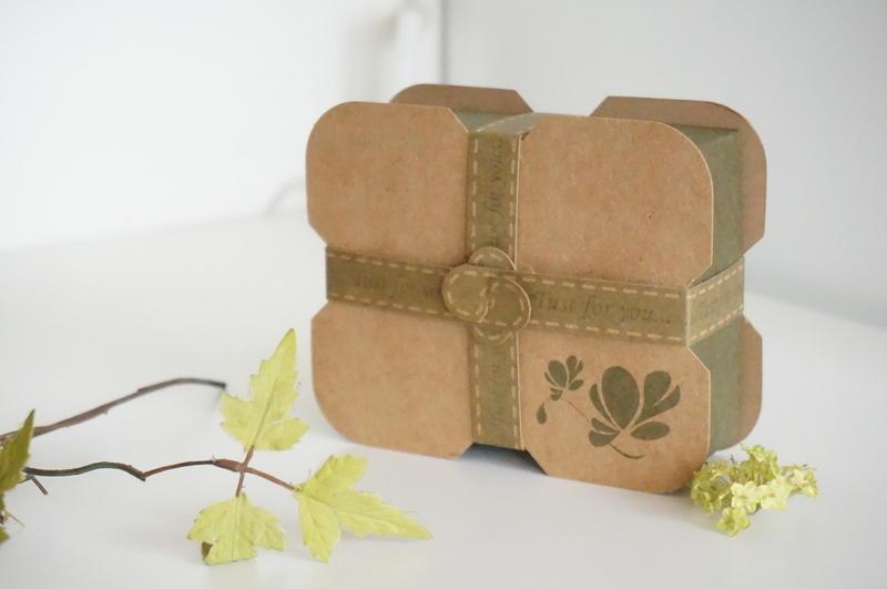 B-201 花語手工皂盒/紙盒/包裝盒/牛皮紙盒/box/婚禮小物盒/可裝2塊手工皂~1包數量20個