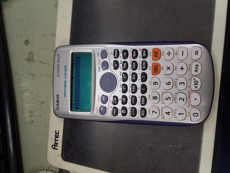二手 Casio 12位數工程型計算機fx-570ES PLUS