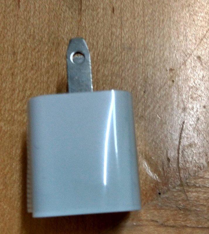 5V/0.6A 充電頭(適用於藍芽發射器.藍芽接收器充電用)