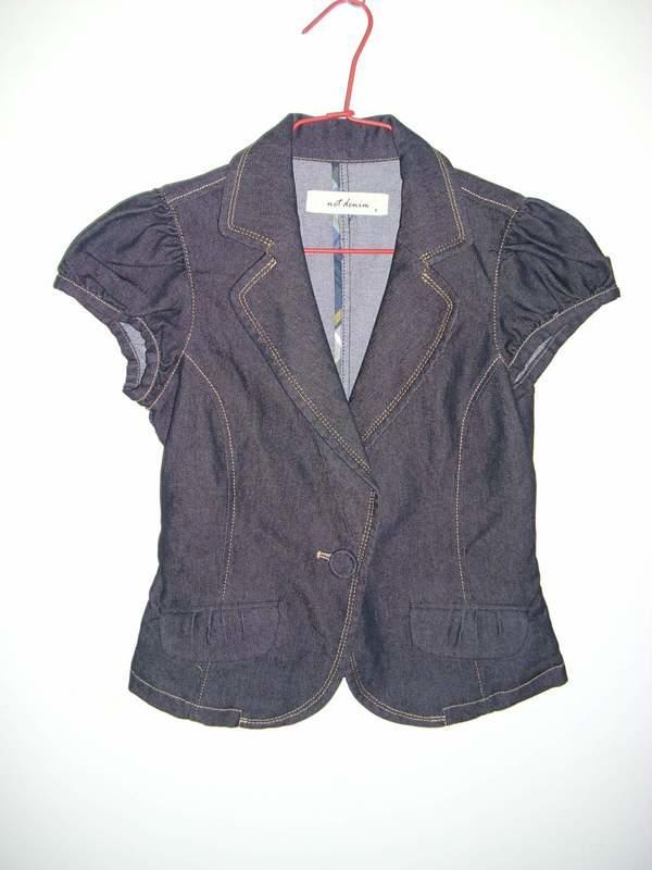 潮流帥衣 韓風黑色牛仔布西裝領設計款單扣有腰造型短袖外套肩寬38公分衣長50公分胸圍28-34吋腰圍24-28吋零碼
