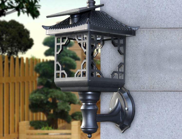 【綠市集】光控太陽能燈太陽能戶外超亮家用草坪燈led新農村路燈庭院燈防水柱頭圍牆壁A0048