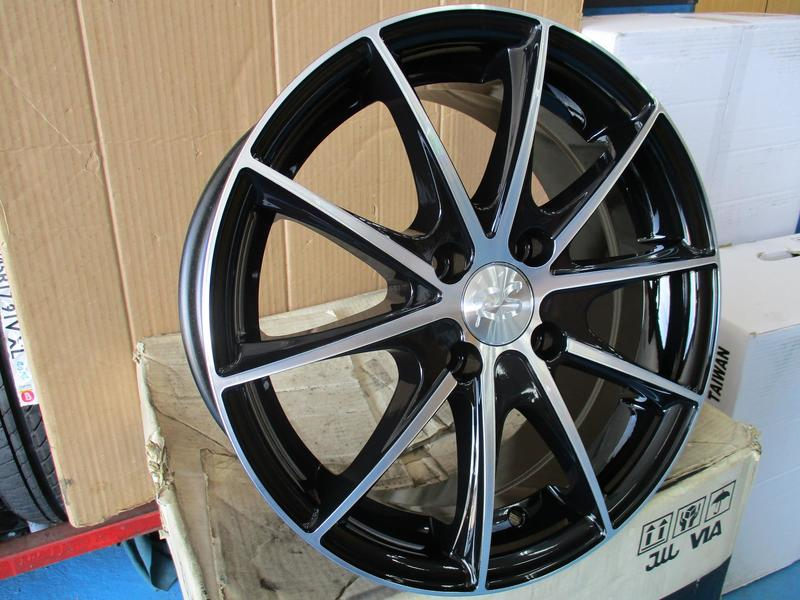 (445)15吋鋁圈 4X100 SWIFT YARIS VIOS SOLIO ISAMU VIRAGE RAYS