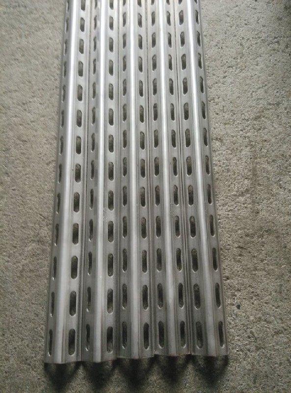 螺絲本鋪* 不銹鋼 304 雙孔 3米 40*40*2.5mm 角鐵 角鋼 1 1/2 代客裁切 角鐵均有304字體浮印