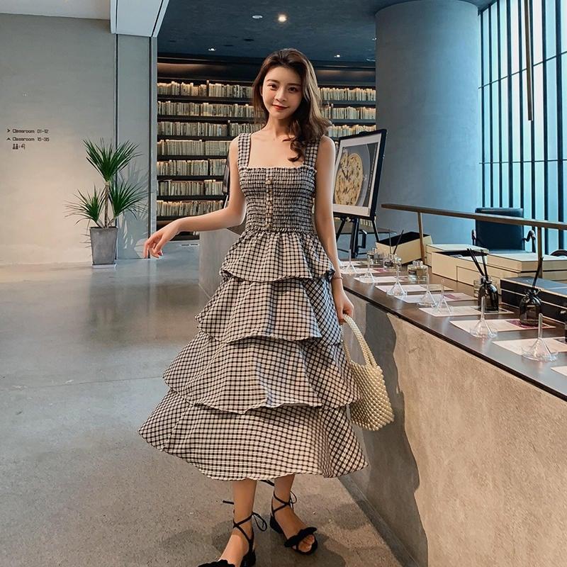韓版木耳邊修身高腰蛋糕裙中長款格子吊帶連衣裙夏2色預購 NT$880尺寸:均碼