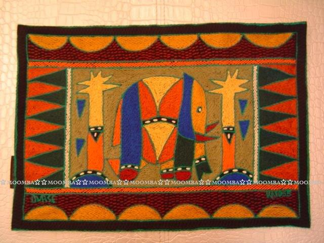 ☆MOOMBA☆ South Africa 南非 KAROSS 品牌 手工 繡花 動物 花卉 刺繡 厚 布質 餐墊 HAND EMBROIDER PADDED PLACEMATS #773