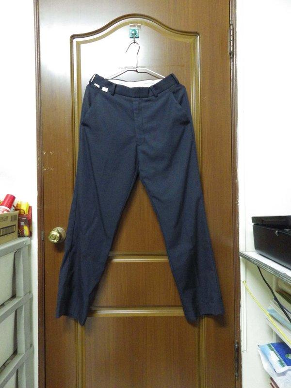 大明高中校服 (冬)制服褲子  300  (九成新) ※歡迎來購買※---可開蝦皮賣場(貨付免運)