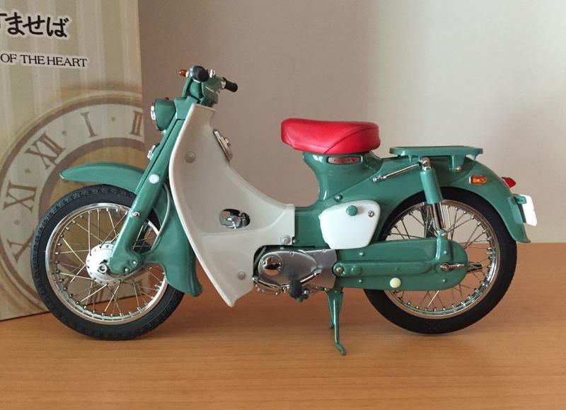 日本 1/10 Honda super cub C100  塗裝完成品 絕版商品 (綠色)