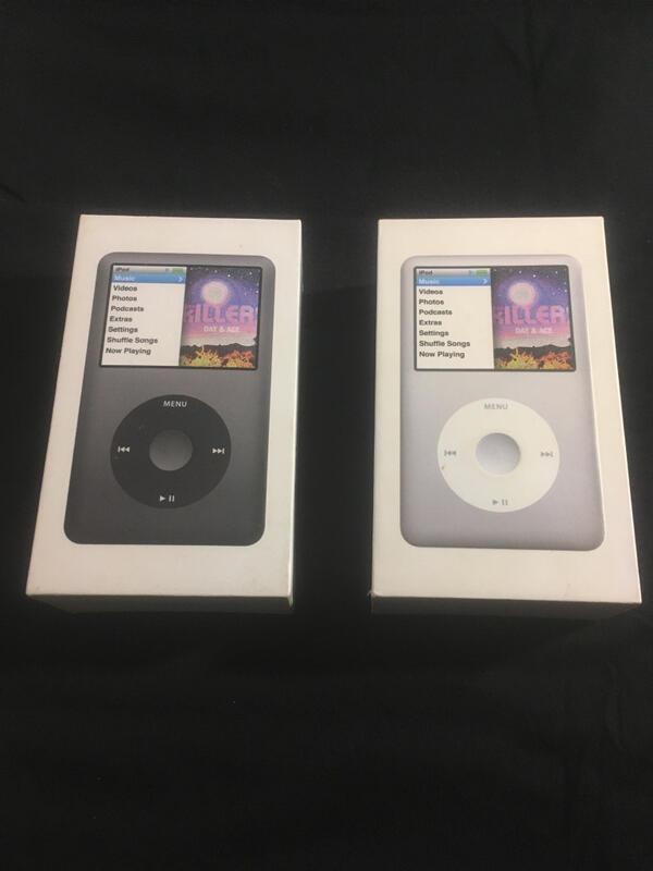 【小允的店Re】原廠 二手 保存完善 附盒 iPod classic 160GB 黑與白 額外附原廠iPhone等3樣