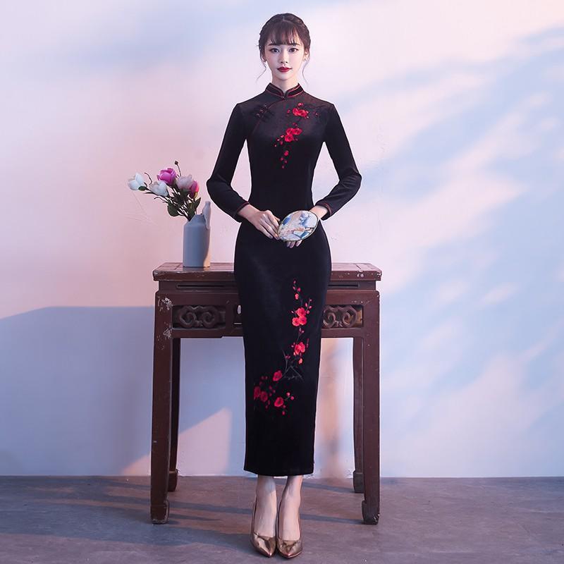 黑色媽媽裝旗袍女2017新款中國風長袖婚禮禮服連衣裙絲絨冬季長款