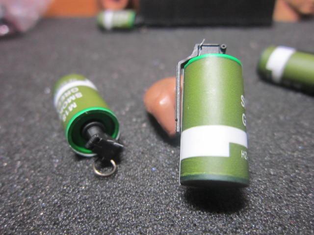 G2工兵裝備 ES海豹款1/6綠色M18煙幕彈一顆 mini模型