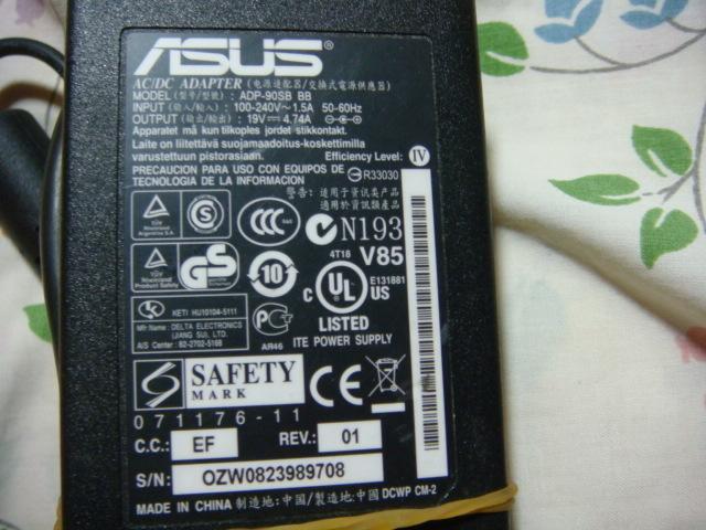 ASUS 華碩 筆記型電腦充電器 變壓器 19V 4.7A