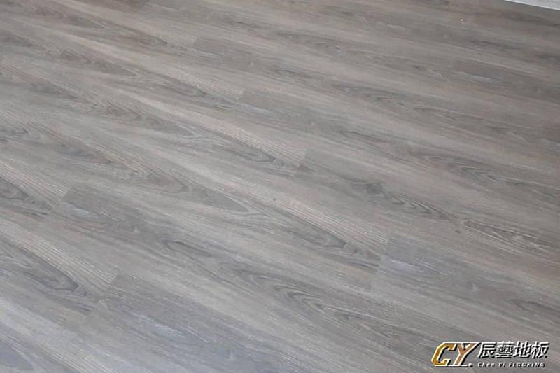 辰藝地板 案場實例-板橋篤行路6.4吋平面超耐磨-2037