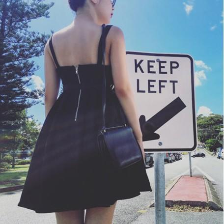 歐美zara款小香風氣質性感復古龐克學院風肩帶露肩露背修身顯瘦包臀貼身合身A字連衣裙洋裝宴會裙伴娘服短洋裝