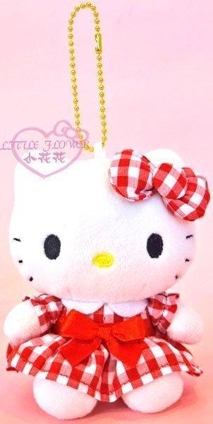 ♥小花花日本精品♥ HelloKitty 凱蒂貓連衣格子裙粉/紅任選一 吊飾玩偶 掛飾 娃娃 08424402