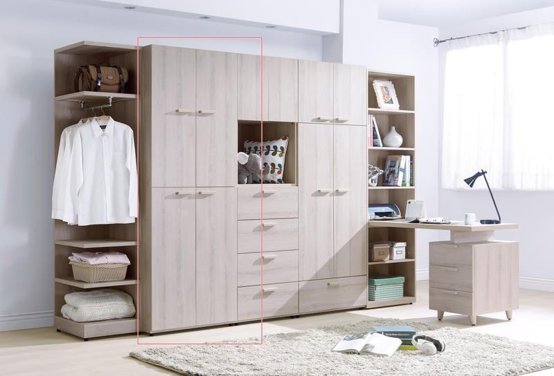 【TORO】珊蒂2.5尺四門衣櫃 HY-A106-03