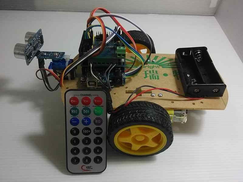 第二代 KSR007 4合1 Arduino 自走車專題製作(紅外遙控+尋跡+避障+防跌)