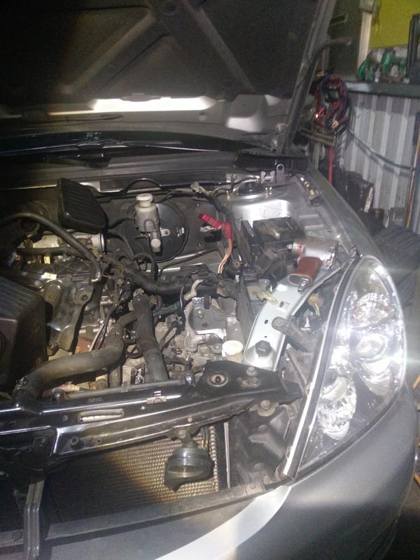 三菱 Grunder 2.4 變速箱 漏油更換變速箱油封 曲軸後油封 更換到好9500元