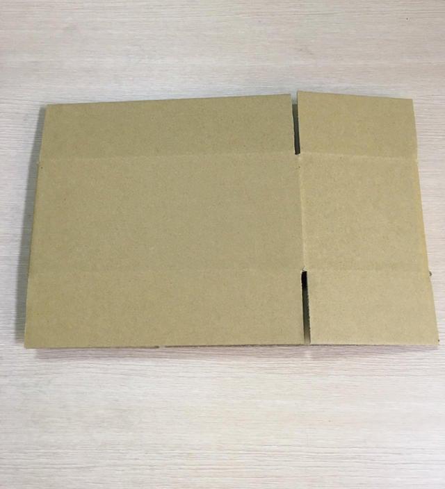 三層B浪紙箱外徑尺寸長26x寬17x高7公分 包裝空白紙箱紙盒