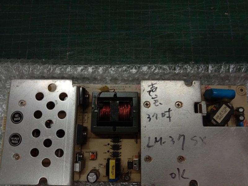 [宅修電維修屋]聲寶37吋液晶電視LM-37SX電源板RUNTP1054-1(中古良品)