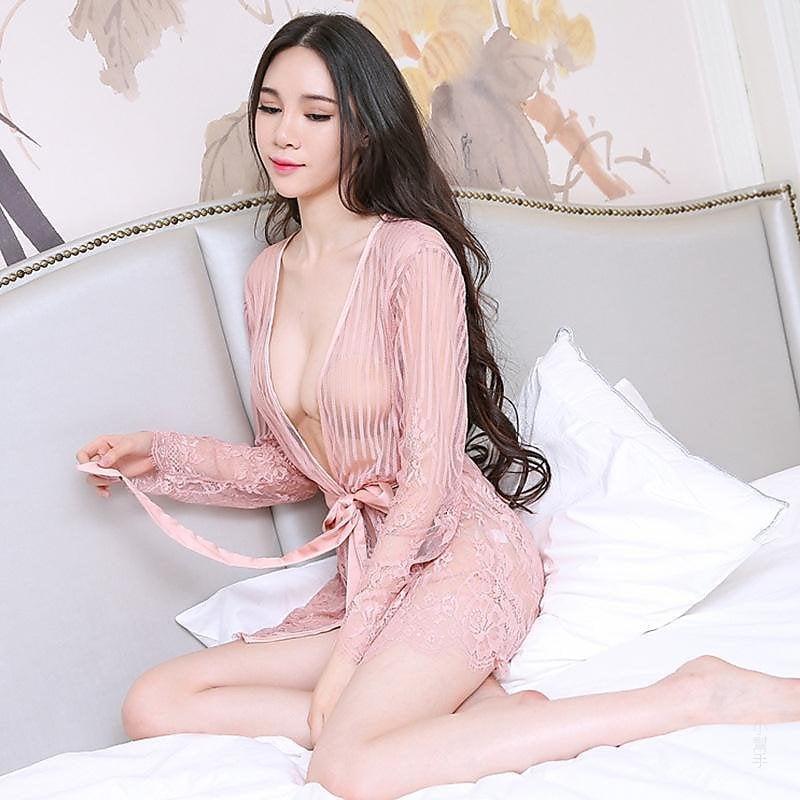 318百貨-歐美性感蕾絲誘惑黑色浴袍暢懷露乳情趣內衣