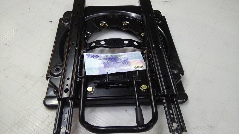 Space Gear T4 露營車.各車系.旋轉椅改裝套件