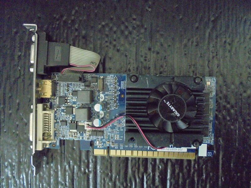 (風扇有缺葉片) 技嘉 GV-N210D3-1GI (DDR3 1G-64bit)