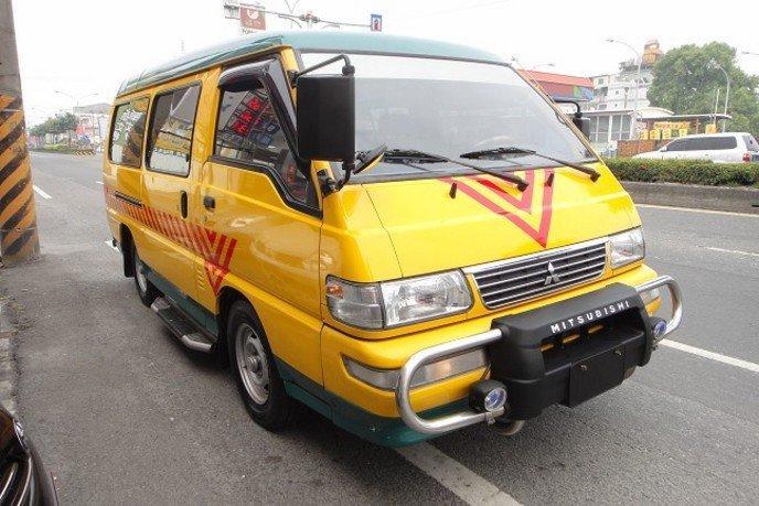 04 得利卡 2.4長軸 娃娃車 可全額貸 免頭期 便宜賣