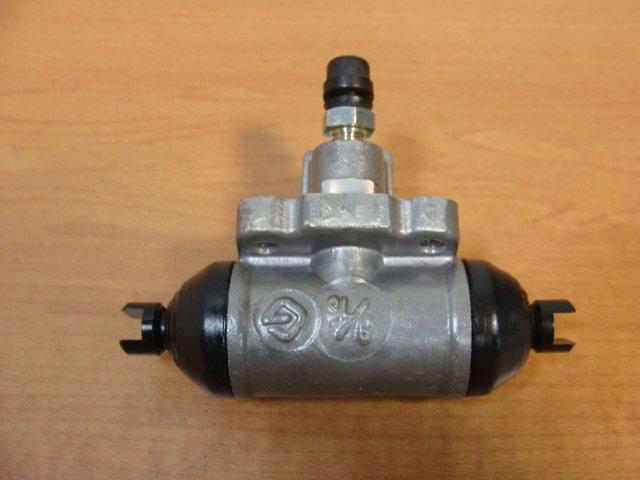 NISSAN正廠SENTRA/331/B14/CE/HV/MARCH/K11/VERITA後煞車分泵 全車系零件歡迎洽詢