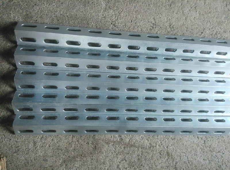 螺絲本鋪* 雙孔 3米 鍍鋅角鋼 沖孔角鐵 40*40*2.5mm 電鍍 角鐵 角鋼 代客裁切