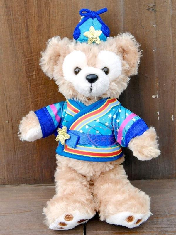 ♥小花花日本精品♥海洋樂園限定Duffy's Sunny Fun 2019 七夕情人節達菲 站姿吊飾-50047307