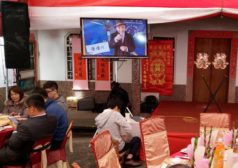 出租 液晶電視 LED 投影機  婚禮MV 55吋 100吋 120吋 雲林斗南虎尾土庫大埤 嘉義大民民雄