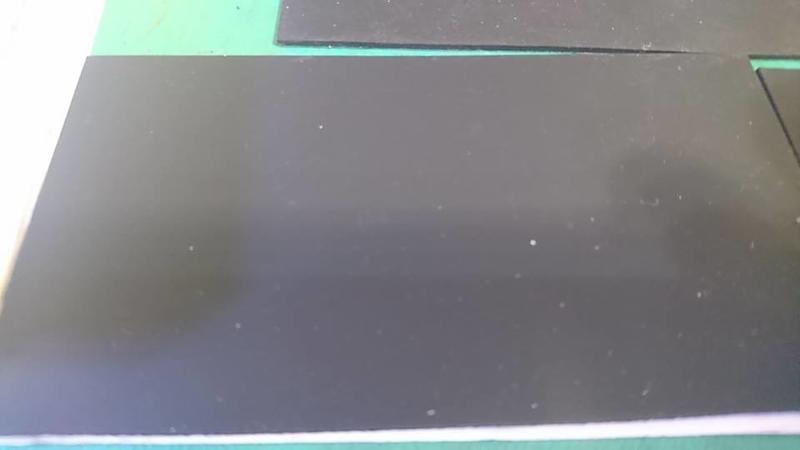 豬仔工坊~防滑橡膠墊 橡膠片 橡膠塊 附3M背膠 張貼好方便 平面 格紋 2款