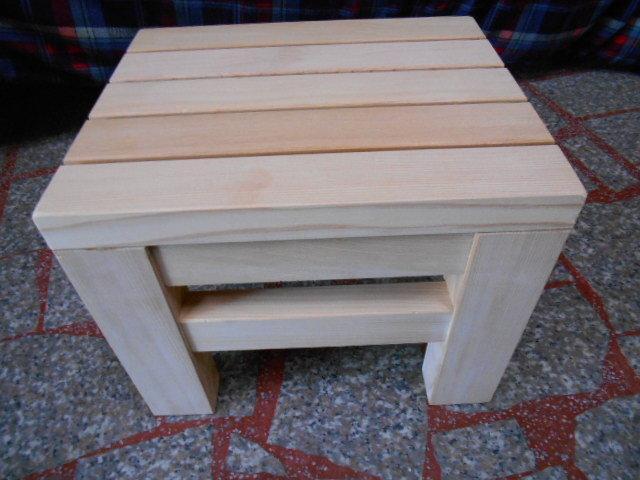 100%天然台灣檜木小椅凳可當泡澡椅特價出清僅此1組