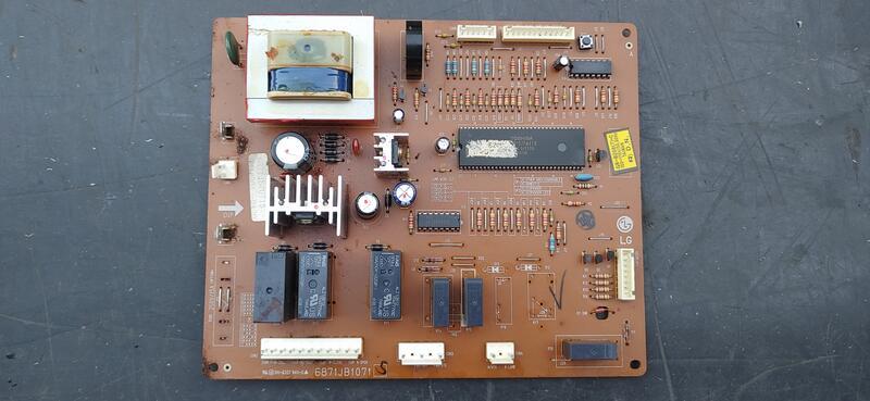 LG GR-2CB 對開冰箱 主機板 電腦板  電容器 啟動電容 運轉電容 二手基板