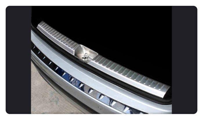 【車王小舖】賓士 Benz GLA GLA200 GLA250 全包款 防刮板 後內護板 後內踏板 內置後護板