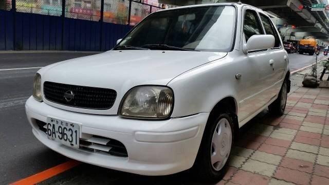 (已售出)自售 2000年new march 1300cc 白色 八萬