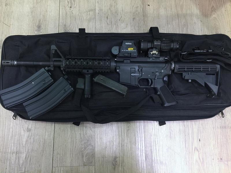 二手寄賣商品 8成新 WE M4 RIS 黃銅管版 瓦斯槍 1槍2匣.紅點.倍鏡.槍袋.槍背帶