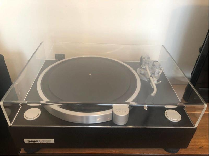 科技島-預購9成新YAMAHA GT2000 黑膠唱盤(不含日本-台灣運費)-已售出