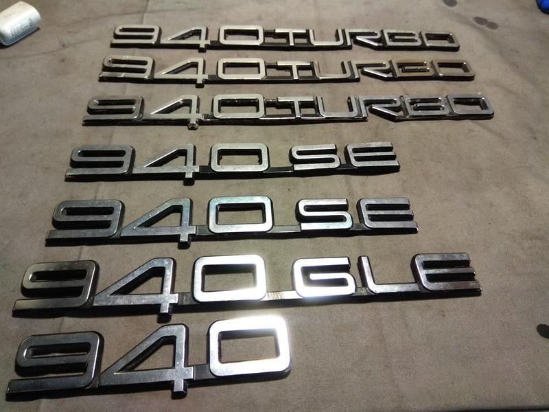 富豪 VOLVO 940 TURBO SE GLE GL 正廠 金屬鍍鉻後箱標誌銘牌