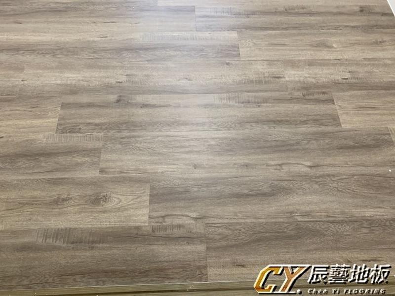 辰藝地板~案場實例~汐止區 新台五路(邱小姐)6.4超耐磨778-21