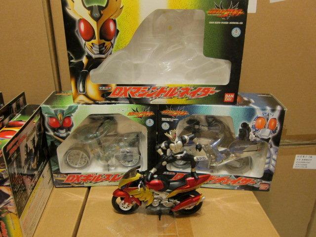 [熊仔小舖] GD 超合金系列 裝著變身 假面騎士 阿基特 AGITO 全套 6 隻+ 摩托車 3 台 出售