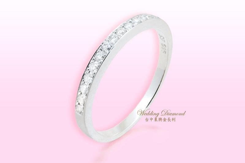 閃耀動人直排鑽石戒指