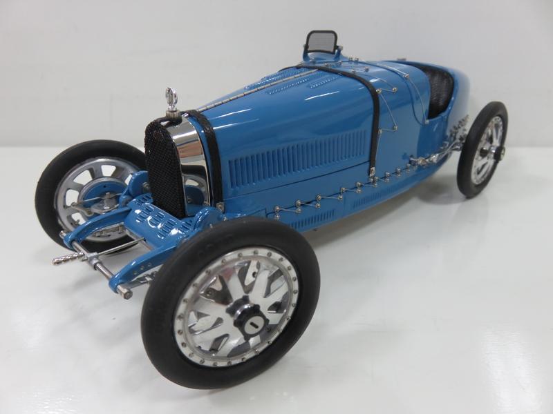 宗鑫貿易 CMC M063 Bugatti Type 35 T35 1924 素面經典藍