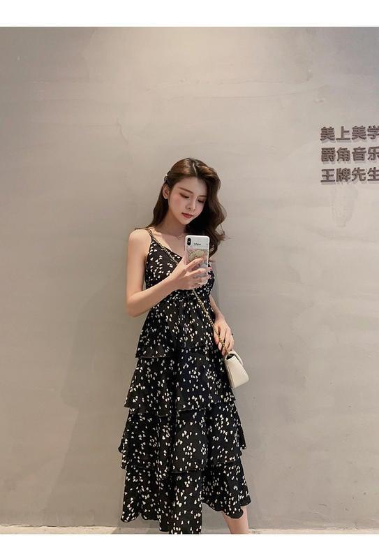 韓版夏季桃心印花雪紡吊帶連衣裙高腰中長裙蛋糕裙2色 NT$880