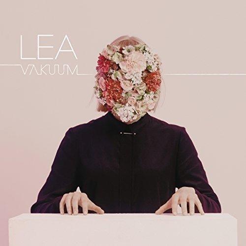 Lea 莉雅 / 全面真空CD,來自德國的獨立電音女孩從網路發跡躍為發片歌手之首張專輯,進口全新