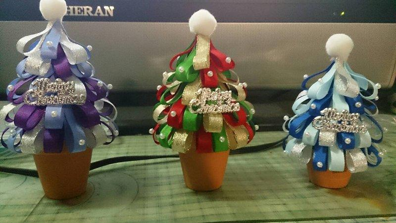 手工緞帶聖誕樹飾品